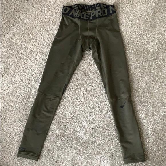 Nike Woven Core Track Sweat Pants BlackWhite